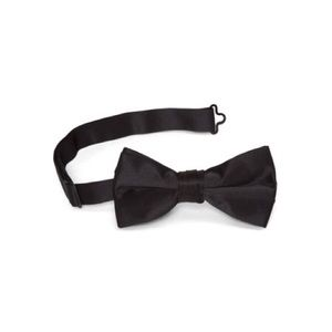 Other - Classy black bow tie